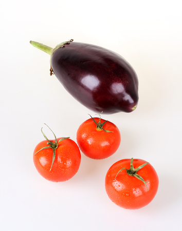 aubergine: Tomatoes and aubergine