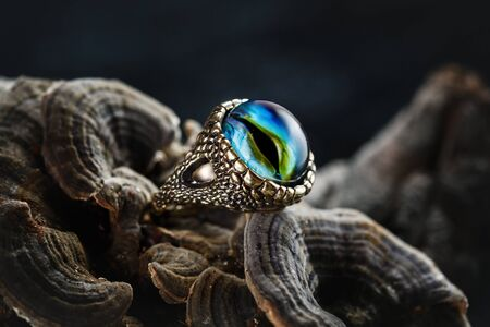 Creative ring with dragon eye made from glass, lampwork jewelry
