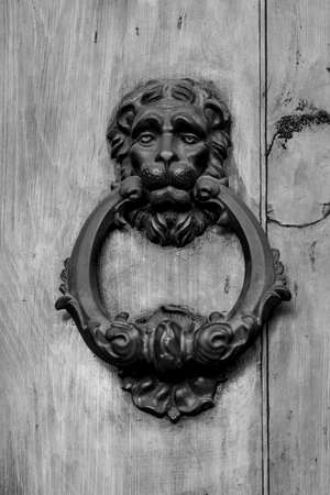 Door Knocker in Bologna, Emilia-Romagna Stock fotó - 89828941