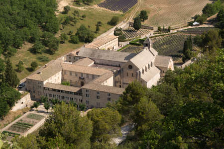 lavande: View from above on the monastery Abbaye Notre-Dame de Senanque ( Abbey of Senanque) Provence, France Stock Photo