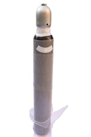 cilindro de gas: cilindro de gas dióxido de carbono aislado con trazado de recorte