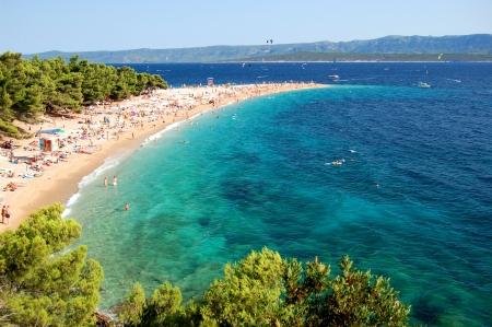 Splendida vista suggestiva su Capo d'Oro sull'isola di Brac, Croazia