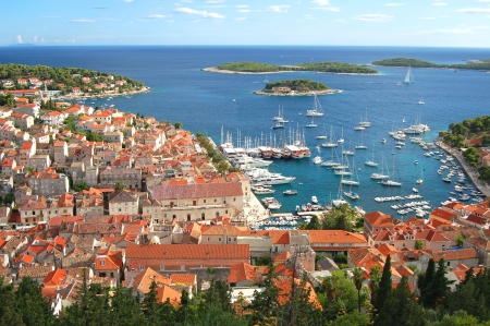 Gorgeous picturesque view on the Old Town of Hvar, Croatia 免版税图像