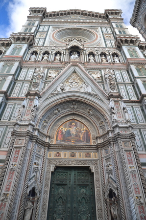 Spectacular view of famous marble cathedral Santa Maria del Fiore in Florence, Italy Stock Photo - 22187043