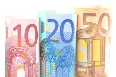 Rollen von Euro-Banknoten Standard-Bild - 23537003