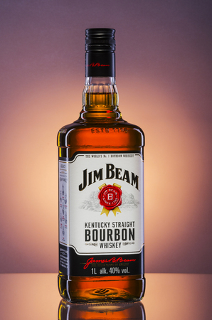 Jim Beam bourbon whiskey on gradient background 免版税图像 - 76288489