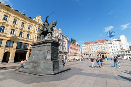 ZAGREB, CROATIA - MAY 07, 2016: Ban Jelacic monument on central city square (Trg bana Jelacica) in Zagreb, Croatia. The oldest standing building here was built in 1827