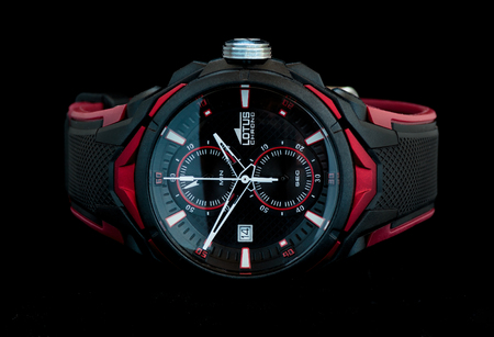 cronógrafo: ZAGREB, CROATIA - AUGUST 14, 2016: Lotus chrono sports wrist watch. Lotus is the brand under Festina Group, a group that comprises five brands of watches: Festina, Lotus, Jaguar, Candino and Calypso Editorial