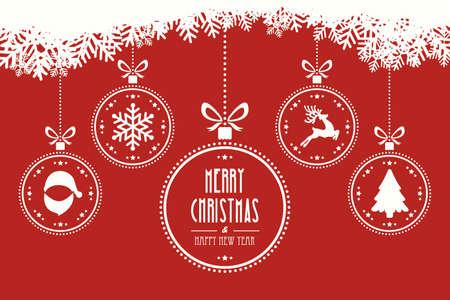 Palle di Natale appesi sfondo rosso Archivio Fotografico - 45945852