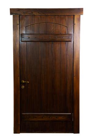 Rustieke, houten, bruine deur. Iep. geïsoleerd op een witte achtergrond