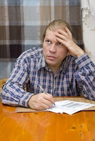 confound: Man with bills