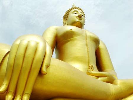 GLOD: Wat pra yai ang tong big glod buddha Stock Photo