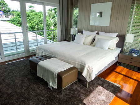 master bedroom: Master bedroom in sea breeze villa pattaya