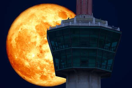 super full blood moon back on tower night sky 版權商用圖片