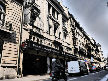 25: Theatre Mogador 25 Rue de Mogador 75009 Paris 9