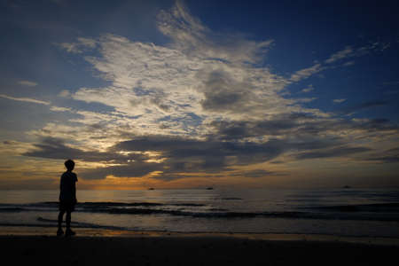admiring: Loneliness of the Sea, wondering what he will do