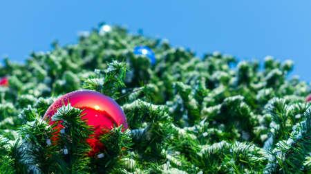 toys Christmas balls on the tree Banco de Imagens