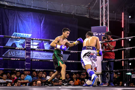 pugilist: Sport and people, frestmart VS John ray loasa exercising and fighting in Khonkaen gym. 26-8-16
