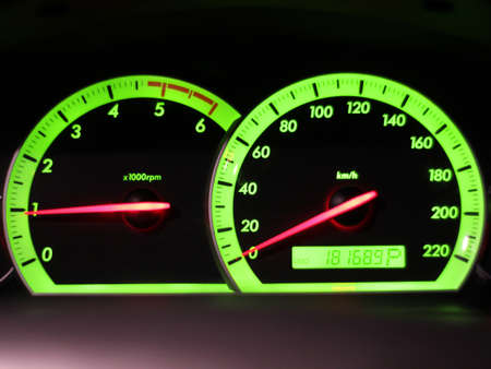 Kilometerstand Snelheid in mijn auto Stockfoto