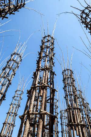 ロディ、イタリア野菜の大聖堂は、その中で樫の木が植えられている 108 の木の柱によって成り立っています。長年にわたってそれはゴシック様式の 写真素材