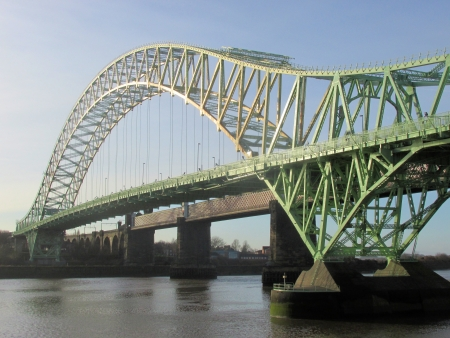 mersey: Runcorn bridge - Cheshire