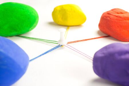 color therapy: stones of different colors that come together with the colored wires