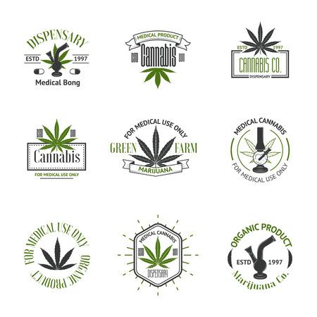 hoja marihuana: Conjunto de insignias de la marihuana medicinal. Insignias de cannabis, etiquetas y logos