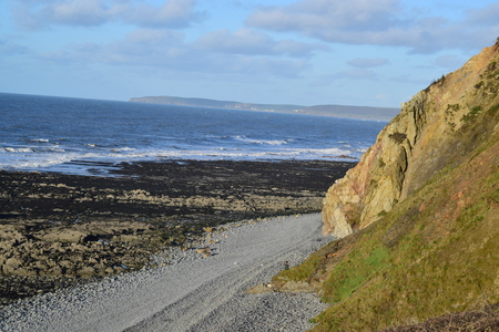 unspoilt: cliffs at greencliff