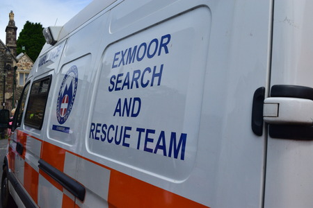 exmoor: Exmoor Search and rescue team, Ambulance Editorial