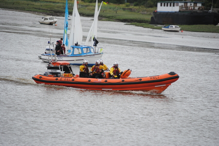 lifeboats: RNLI Insure lifeboat, English coastguard