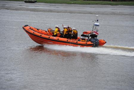 lifeboats: RNLI Insure lifeboat, English coastguard