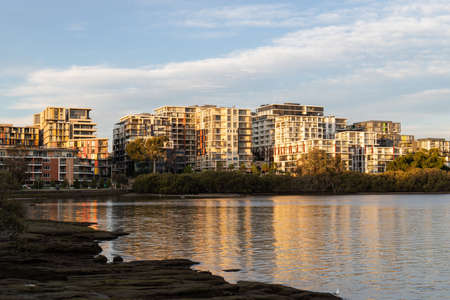 Waterfront apartment view on Meadowbank and Ryde area, Sydney, Australia. Standard-Bild