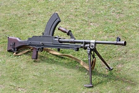 british army: A Second World War British Army Machine Gun.