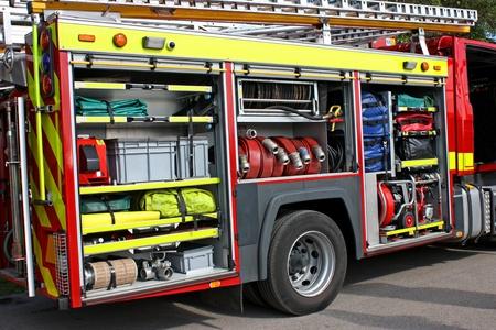 voiture de pompiers: Une pompe � incendie avec de l'�quipement de sauvetage sur l'affichage.