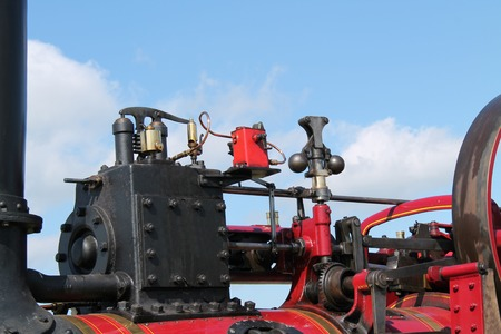 traction engine: Some of the Workings of a Vintage Traction Engine.