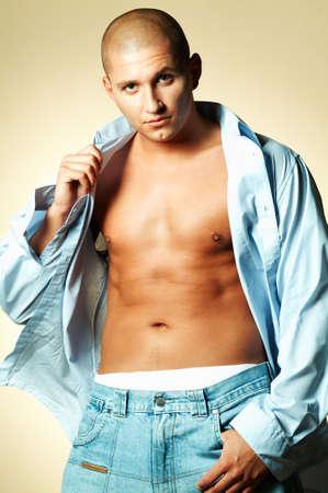 young male model: Presentaci�n modelo masculina joven Foto de archivo