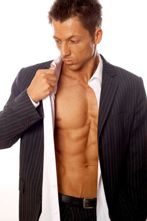 nackte brust: Muskel-und gegerbt m�nnlich isoliert auf wei�em