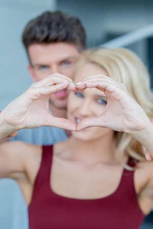 20 24: Macro Lovers Cute Hand Heart Sign