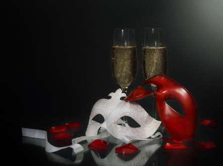 mascaras de carnaval: M�scaras de Carnaval y Navidad champagne sobre fondo negro