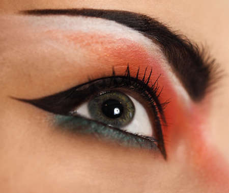 make up eyes: Eye make up. Beautiful eyes glitter make up. Holiday makeup detail