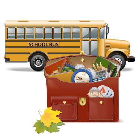 mochila escolar: Schoolbag y autobús aisladas sobre fondo blanco