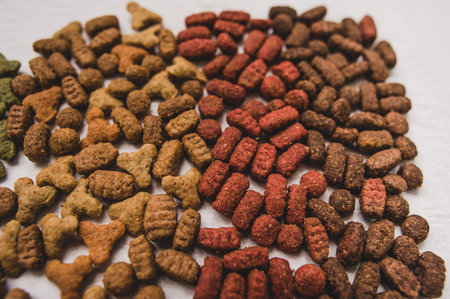 catfood: dry cat food, prrr, letters, cats paw