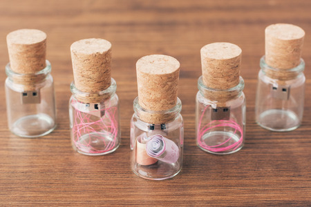 corkwood: USB flash drive in corkwood stopper, glass jar
