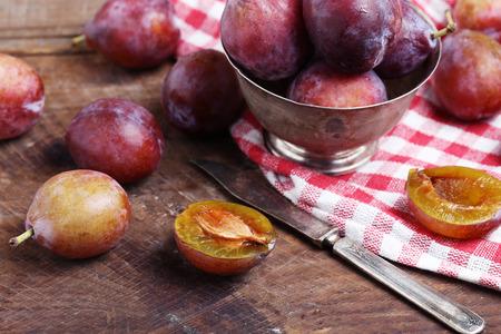 gules: plum Stock Photo