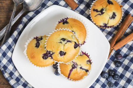 blueberry muffin: Blueberry muffins on white background