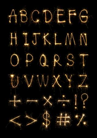 Alfabeto luce fuochi d'artificio sparkler Archivio Fotografico - 91946461