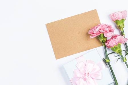 Goździki, szczęśliwy dzień matki, kartki z życzeniami