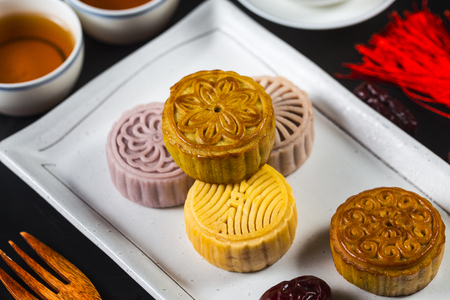 Mid Autumn Festival Chinese Traditional Pastry Mooncake Foto de archivo - 108498725