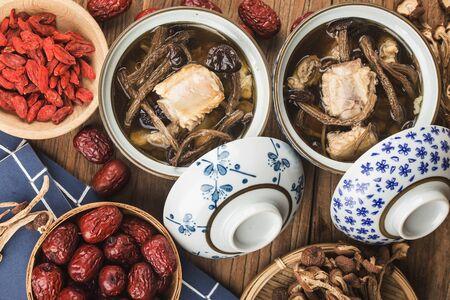 Tea tree mushroom stewed ribs