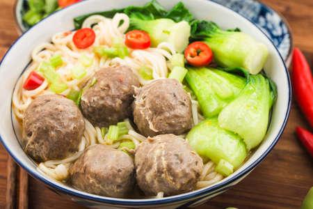 Chinese Food: Meatballs served with noodles, Reklamní fotografie